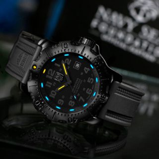 Navy SEAL 4221.BO.NSF.SET Series by Official Partner Luminox